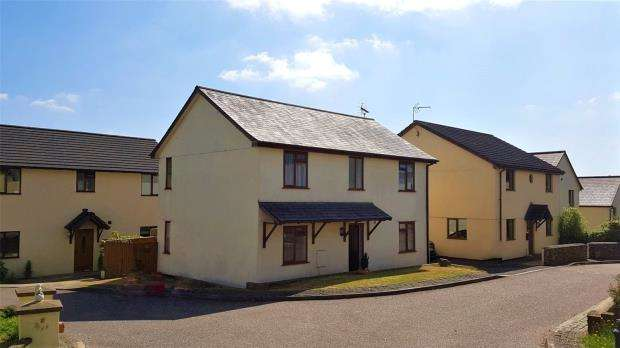 4 Bedrooms Detached House for sale in Bishops Meadow, Morchard Bishop, Crediton, Devon