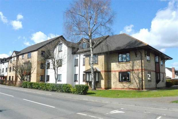 2 Bedrooms Flat for sale in Hawthorn Gardens, The Hawthorns, Caerleon, NEWPORT