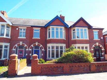 3 Bedrooms Terraced House for sale in St. Martins Road, Blackpool, Lancashire, FY4