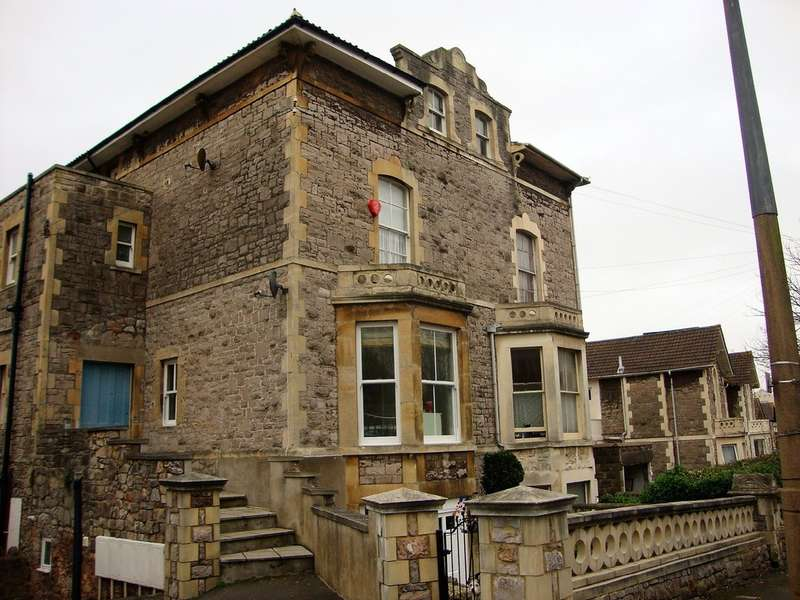 2 Bedrooms Flat for sale in Southside , Weston Super Mare, North Somerset