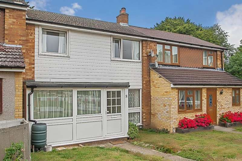 3 Bedrooms Terraced House for sale in Pilgrims Hatch