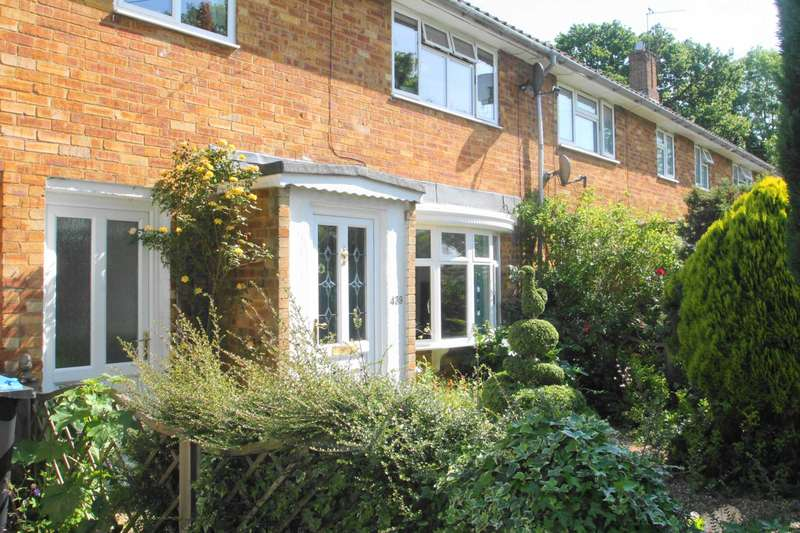 3 Bedrooms Terraced House for sale in Long Chaulden, Hemel Hempstead, HP1