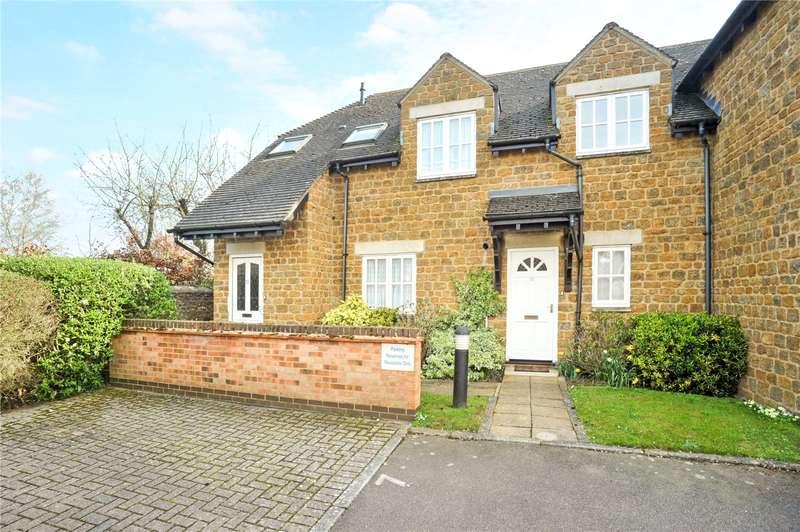 2 Bedrooms Flat for sale in Hudson Court, Deddington, Banbury, Oxfordshire, OX15