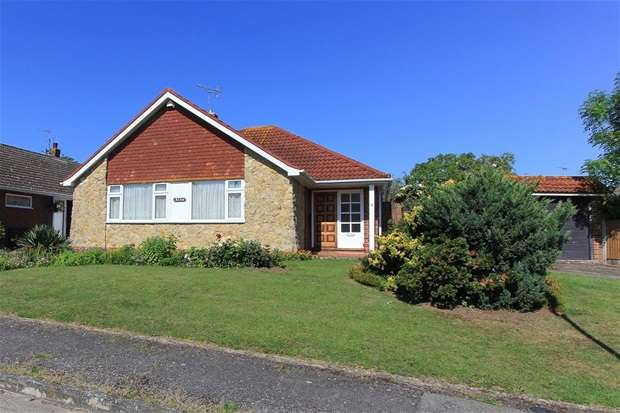 3 Bedrooms Detached Bungalow for sale in Richmond Road, Whitstable