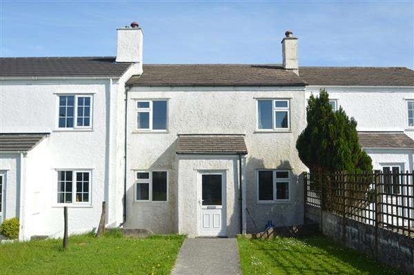 3 Bedrooms Terraced House for sale in LONGDOWNS