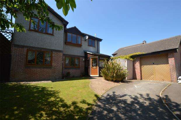 5 Bedrooms Detached House for sale in Sennen Close, Torpoint, Cornwall