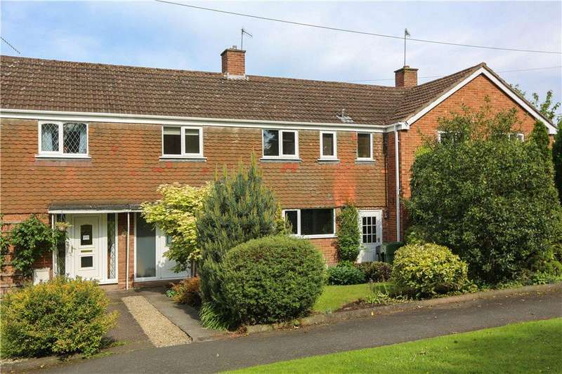 3 Bedrooms Terraced House for sale in Church Road, Bromsgrove, B61