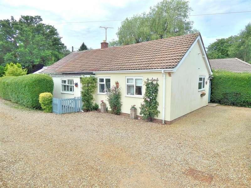 3 Bedrooms Detached Bungalow for sale in Beech Drift, Dersingham, King's Lynn