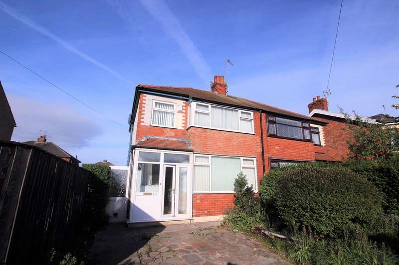 3 Bedrooms Semi Detached House for sale in Fleetwood Road North, Thornton Cleveleys, Lancashire, FY5 4LD
