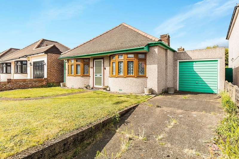 2 Bedrooms Detached Bungalow for sale in Long Lane, Bexleyheath, DA7