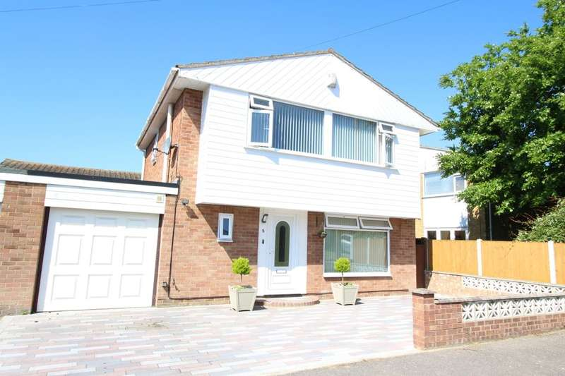 3 Bedrooms Detached House for sale in Abbey Grove, Ramsgate, CT11