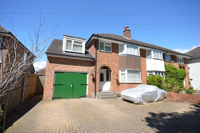 4 Bedrooms Semi Detached House for sale in Priestlands Road, Pennington, Lymington
