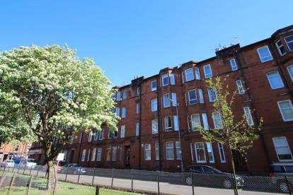 1 Bedroom Flat for sale in Rannoch Street, CATHCART, Glasgow