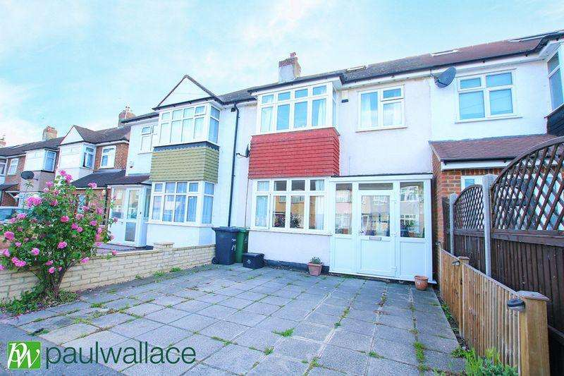 4 Bedrooms Terraced House for sale in Eastfield Road, Waltham Cross