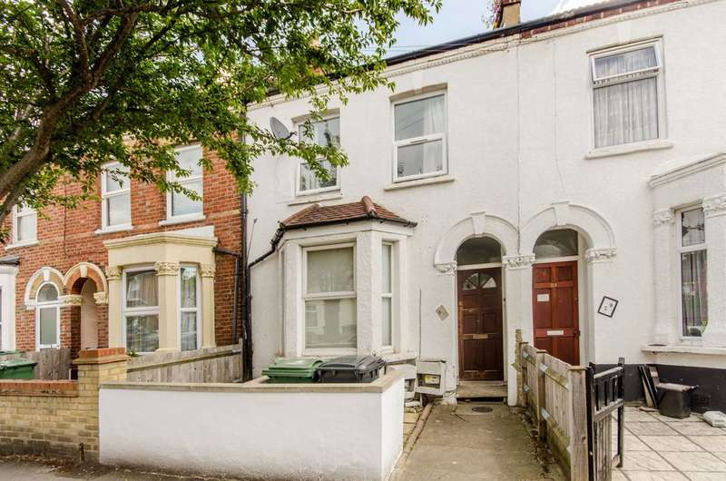 2 Bedrooms Flat for sale in Ellora Road, Streatham Common, SW16