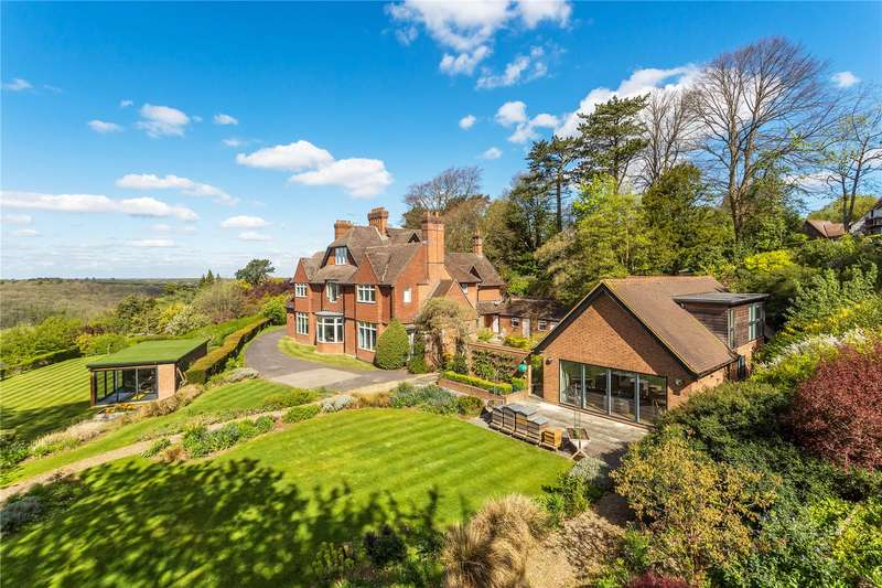 6 Bedrooms Detached House for sale in Park View Road, Woldingham, Surrey, CR3