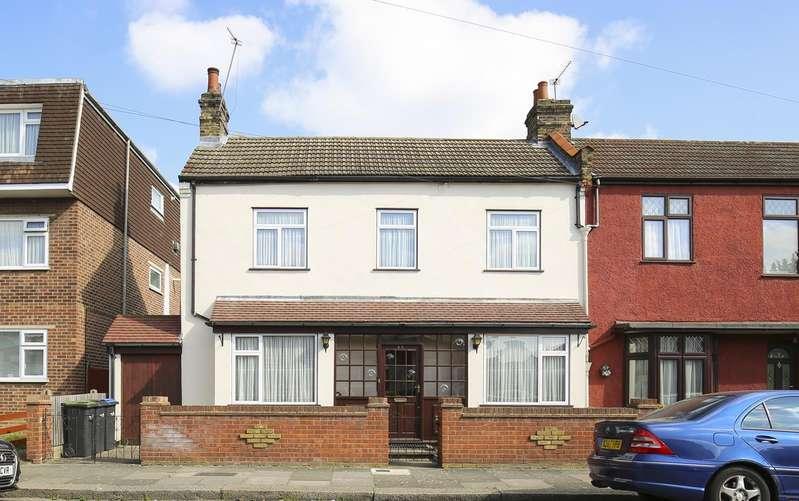 3 Bedrooms Property for sale in Riley Road, Enfield, London, EN3
