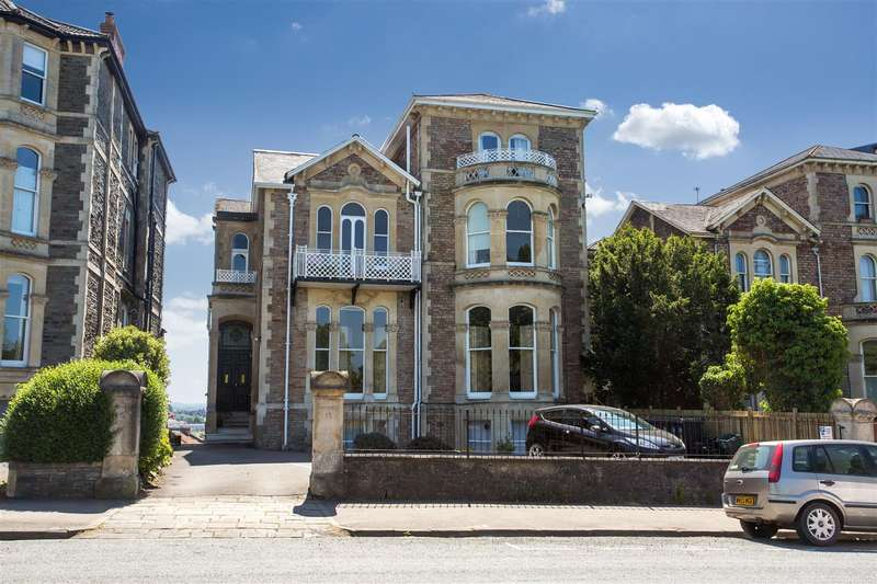 2 Bedrooms Flat for sale in Upper Belgrave Road, Clifton