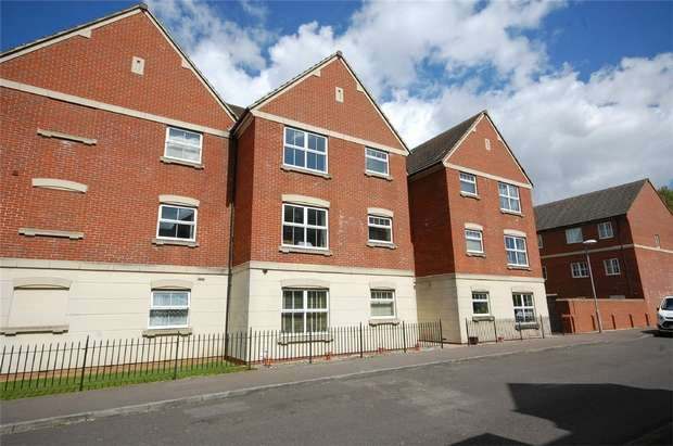2 Bedrooms Flat for sale in Alder Road, Weston Turville, Buckinghamshire