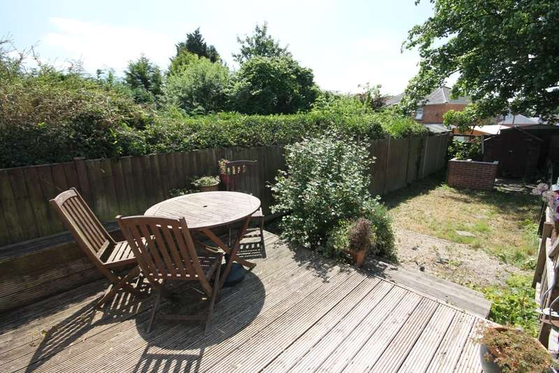 2 Bedrooms Terraced House for sale in GREAT FIRST TIME BUY or INVESTMENT PURCHASE - NO CHAIN!!!