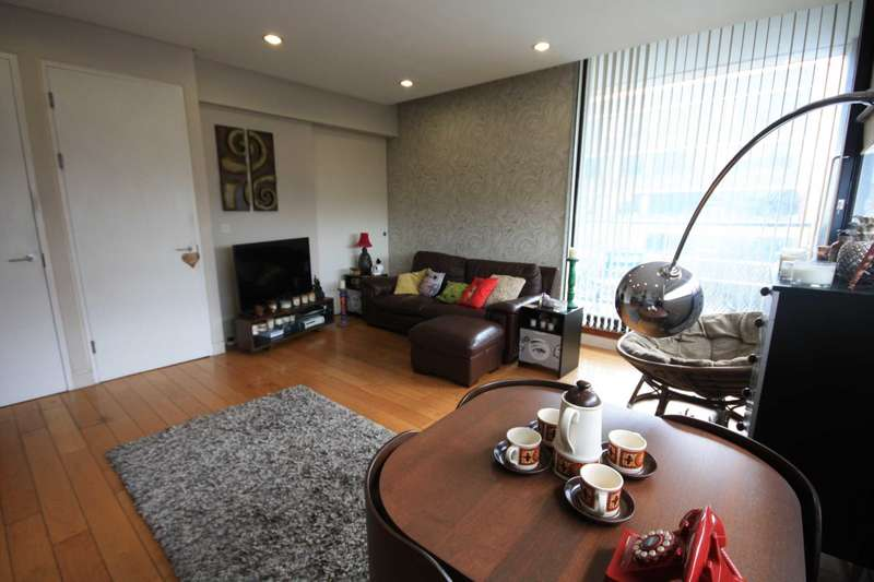 2 Bedrooms Apartment Flat for sale in Burton Building, Oldham Street