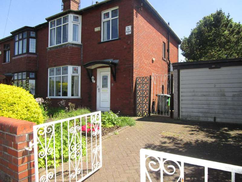 3 Bedrooms Semi Detached House for sale in Fraser Street, Rochdale