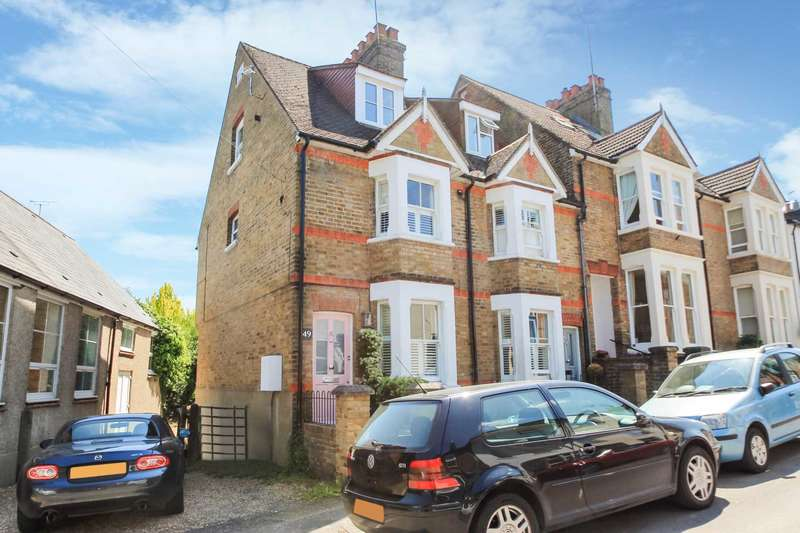 3 Bedrooms Town House for sale in Albert Street, Tring, Hertfordshire
