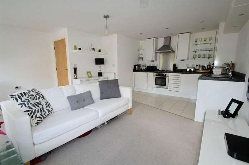 1 Bedroom Flat for sale in Donnington Court, DUDLEY, West Midlands