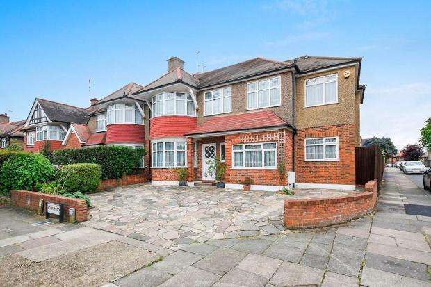 5 Bedrooms Semi Detached House for sale in Harrow Briar Road, Harrow, HA3