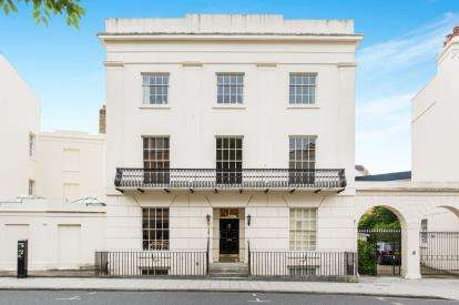 2 Bedrooms Flat for sale in Southampton, Hampshire, Carlton Crescent