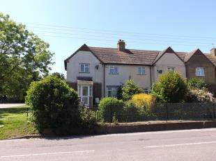 3 Bedrooms End Of Terrace House for sale in Church Street, Cliffe, Rochester, Kent