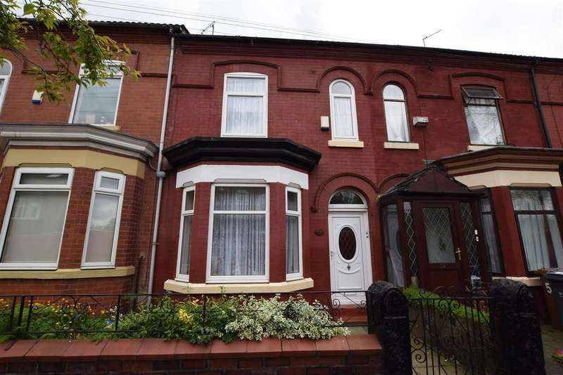 3 Bedrooms Terraced House for sale in Glen Avenue, Manchester
