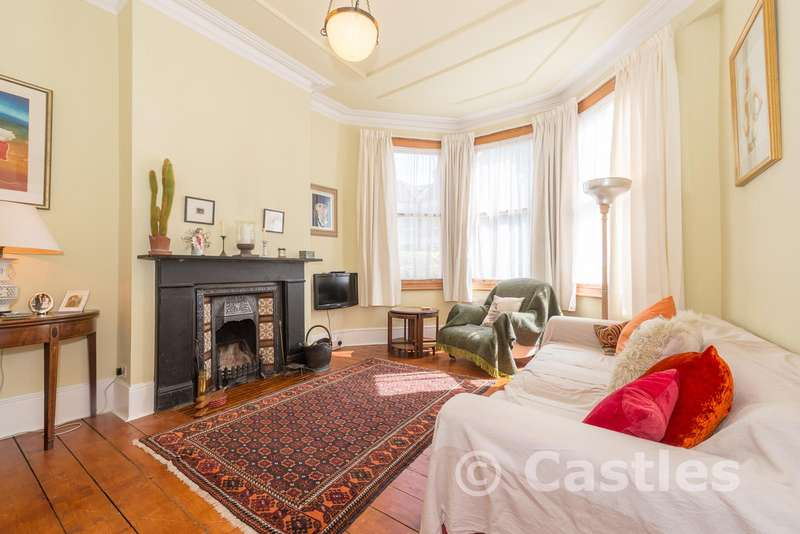 3 Bedrooms Terraced House for sale in Dongola Road, London, N17