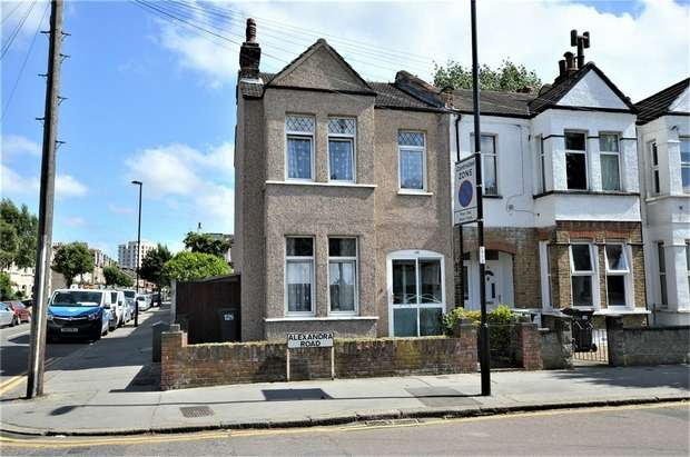 4 Bedrooms End Of Terrace House for sale in Alexandra Road, Croydon