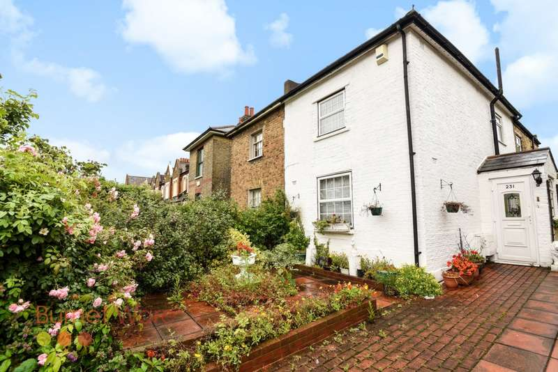 2 Bedrooms Cottage House for sale in Railton Road, London, SE24