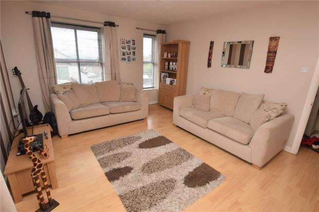 1 Bedroom Flat for sale in Earlswood Drive, Paignton, Devon