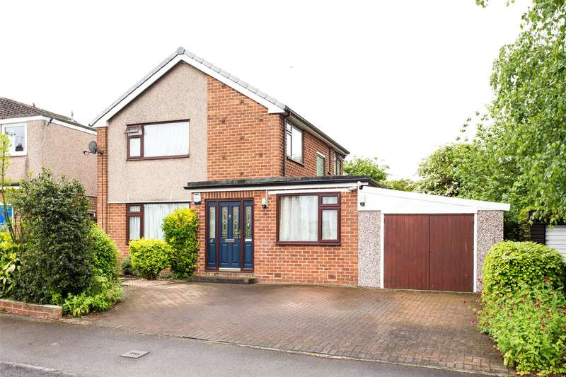 4 Bedrooms Detached House for sale in Oak Wood Road, Wetherby, West Yorkshire, LS22