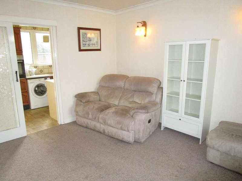 1 Bedroom Semi Detached Bungalow for sale in Rushmount, High Crompton, Shaw