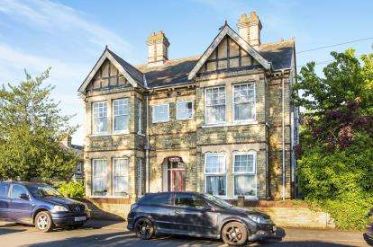 1 Bedroom Flat for sale in Flat 4, 6 Kings Road, St. Neots, Cambridgeshire