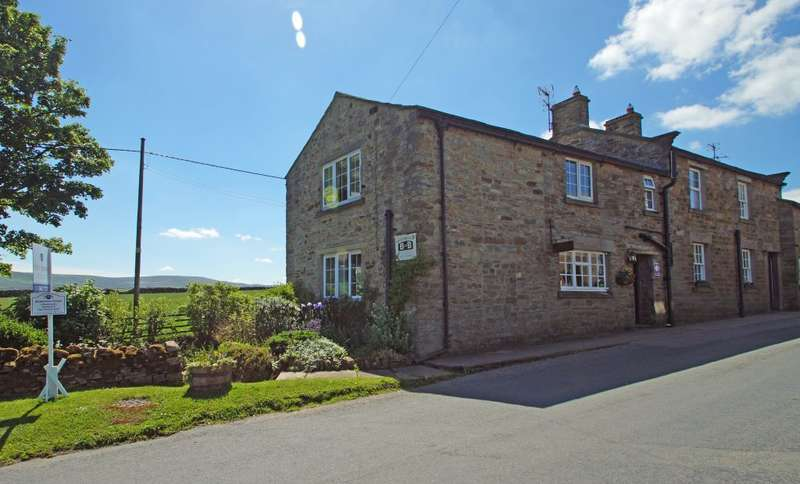 4 Bedrooms Semi Detached House for sale in Middleham House, Carlton , Leyburn, DL8 4BB