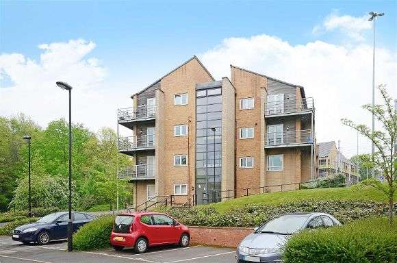 2 Bedrooms Flat for sale in Beeches Bank, Sheffield