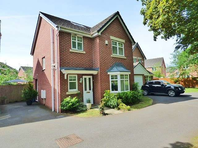 4 Bedrooms Detached House for sale in Redhill Close, Great Sankey, Warrington