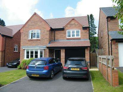 4 Bedrooms Detached House for sale in Rose Close, Cuddington, Northwich, Cheshire