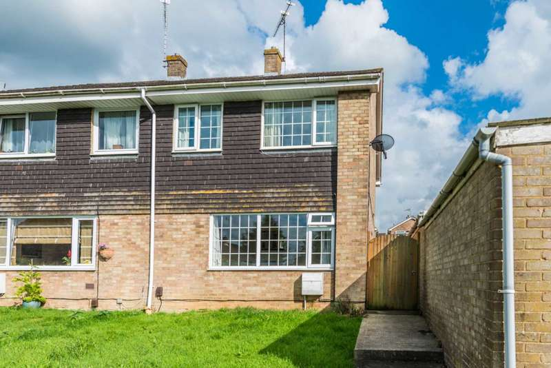 3 Bedrooms Semi Detached House for sale in Farmers Close, Witney