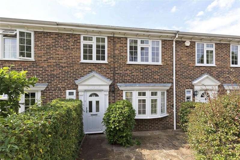 4 Bedrooms House for sale in Hanover Walk, Weybridge, KT13