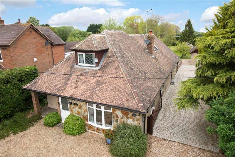 5 Bedrooms Detached House for sale in Marroway, Weston Turville, Aylesbury, Buckinghamshire