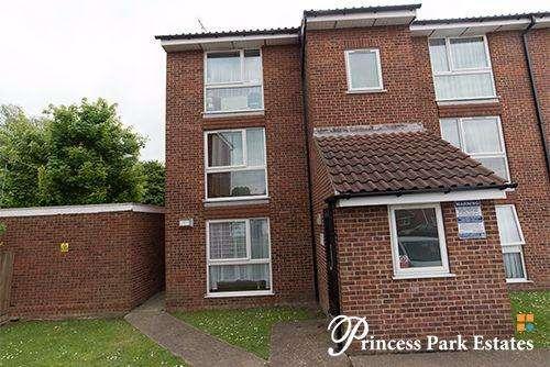 1 Bedroom Apartment Flat for sale in Poplar Grove, London N11 3NX