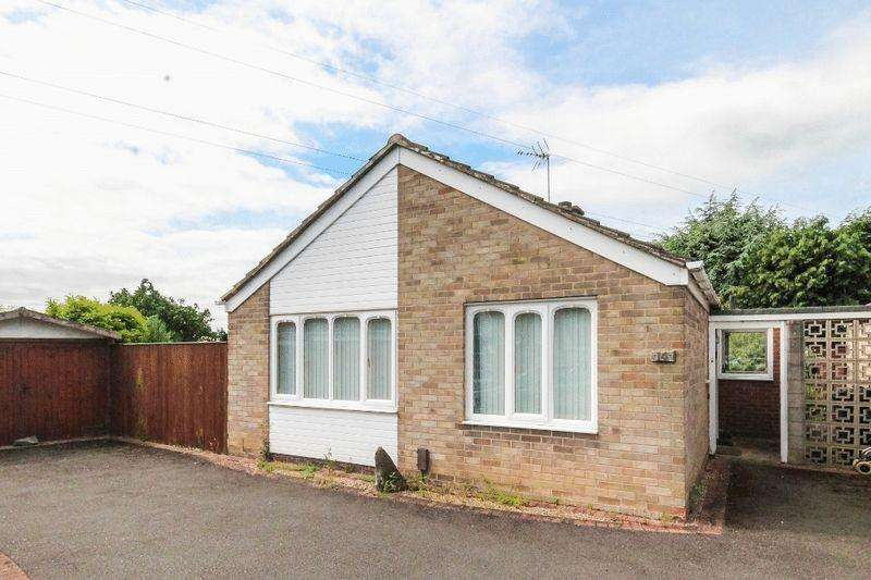 2 Bedrooms Detached Bungalow for sale in Epworth Drive, Derby