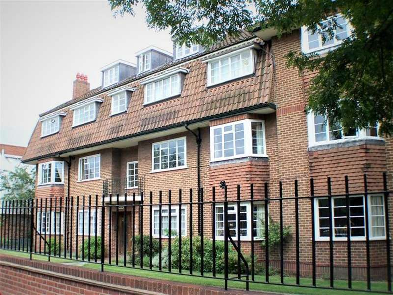 2 Bedrooms Flat for sale in Beechwood Court, Carshalton, Surrey, SM5 2PZ