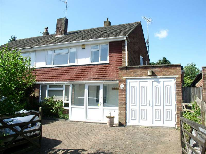 3 Bedrooms Property for sale in Esher Avenue, Walton-On-Thames